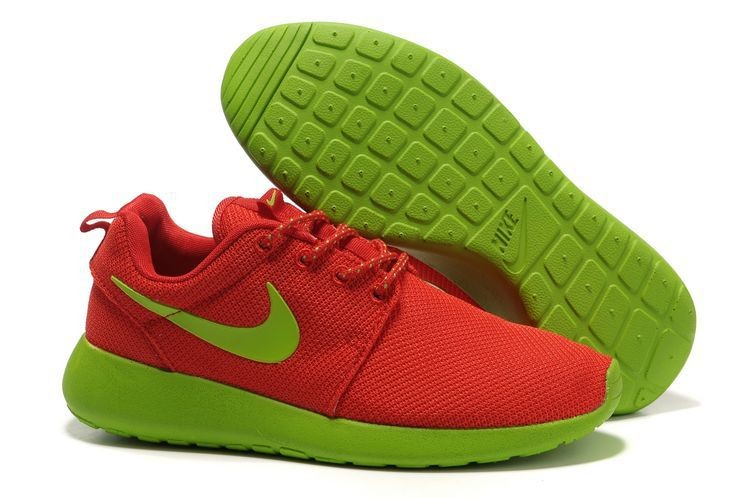 Оранжевые кроссовки для бега Nike Roche Run с салатовой подошвой