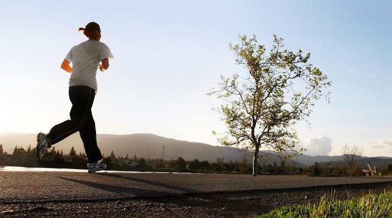 Бег в кроссовках для бега