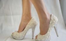 Невеста в туфельках