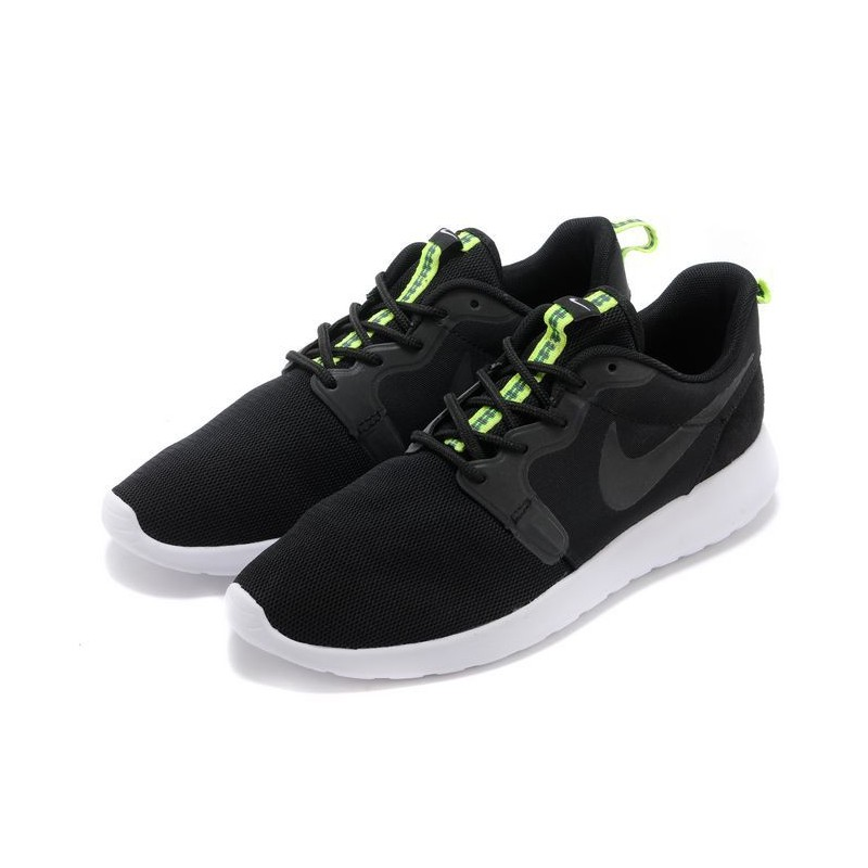 Модель Nike Roshe Run Hyperfuse BLACK