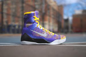 Баскетбольные кроссовки Nike Kobe IX SYSTEM