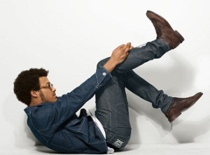 Мужчина в джинсах