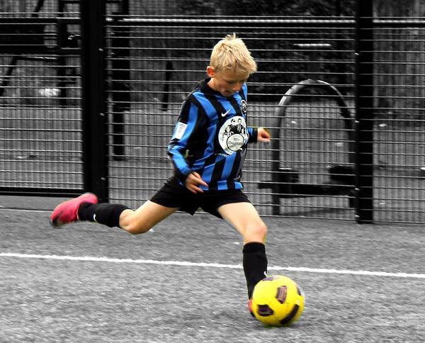 02406f34 Футбольные бутсы для детей - Nike, Адидас и другие
